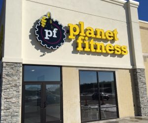 Planet Fitness Storefront - Pine Tree Mall Marinette